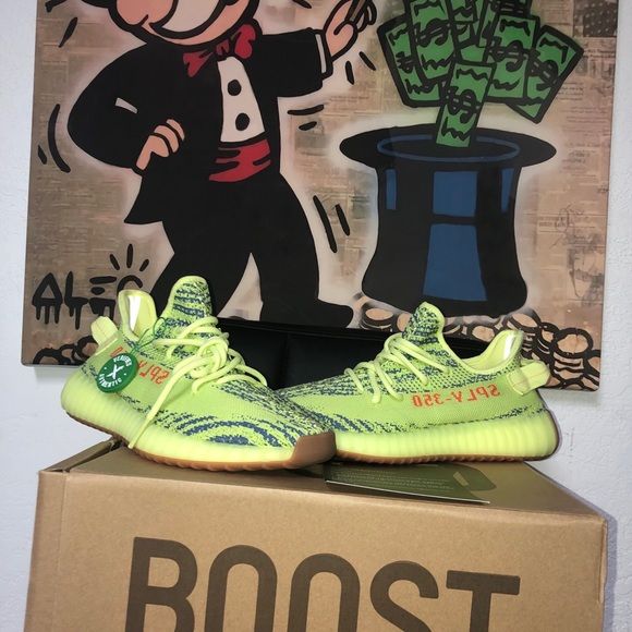adidas yeezy boost 350 v2 neon